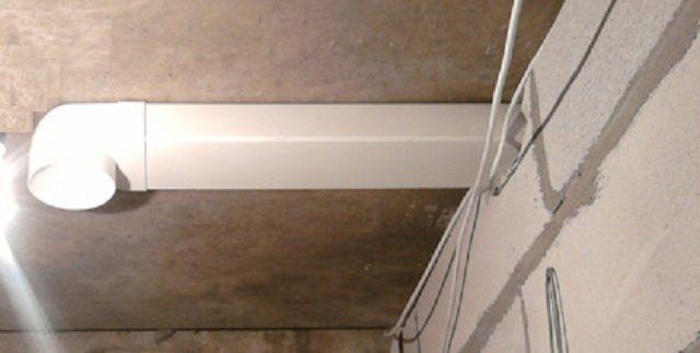 """Воздуховоды прямоугольного сечения проще крепить к стенам и потоку, но круглые - менее """"шумные"""""""