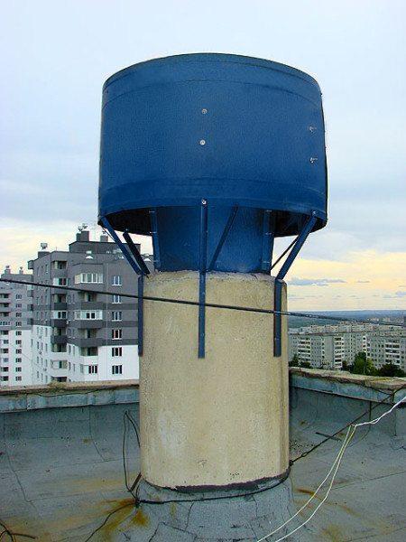 Дефлектор не только защищает, но ещё и улучшает работу вентиляции