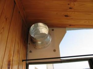 Вентиляция на балконе