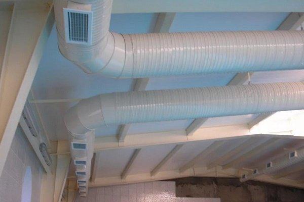 Решетки на воздуховодах приточной системы