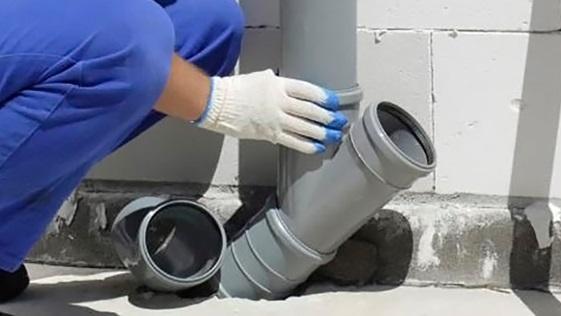 Врезка и сборка трубы для вентиляции