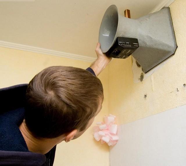 Как проверить вентиляцию в квартире - подсчет количества воздуха анемометром.