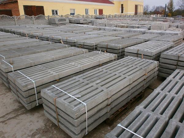 Специальные бетонные плиты для пола и перегородок в свинарнике