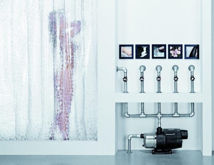 Мощный насос способен обеспечить высокое давление воды даже при одновременном включении нескольких потребителей