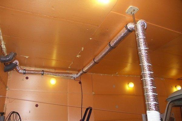 Шаг 6: Монтаж кронштейна для подвижного отрезка