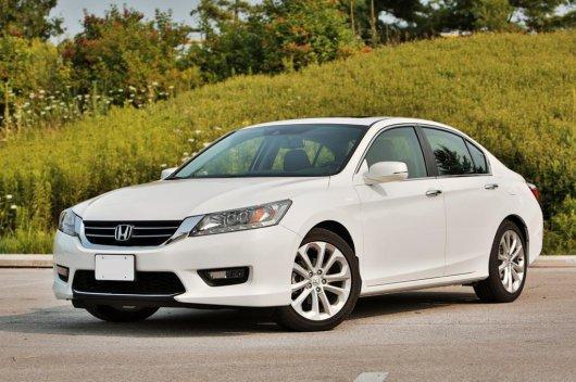 2014 Honda Accord против 2015 Hyundai Sonata (i40)