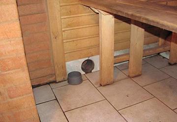 Вентиляционное отверстие на полу