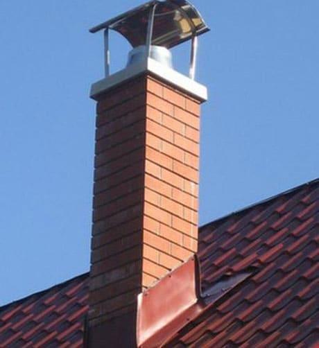 Кирпичный дымоход дома