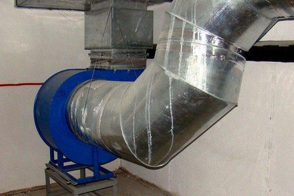 Сборка вентиляционных каналов из жести