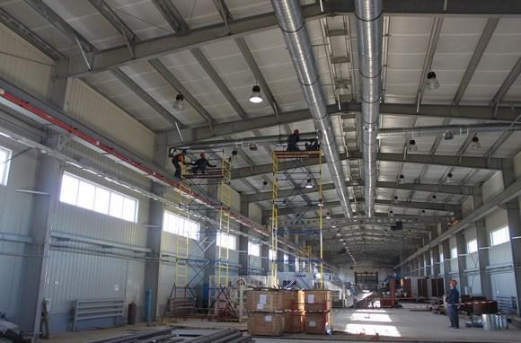 Монтаж вентиляции в промышленном здании