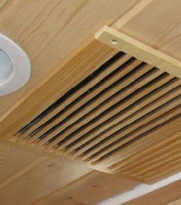Фото: Вентиляционная решетка в доме из бруса