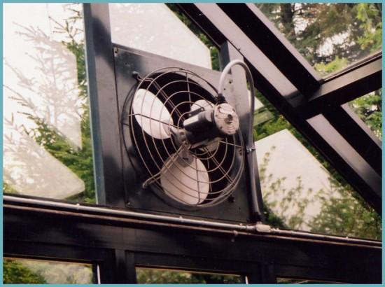 электрический вентилятор для теплицы