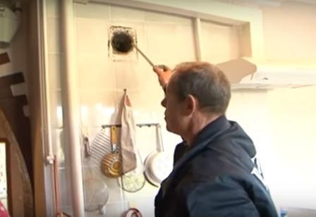 Прочистка вентиляции в многоквартирных домах: очистка может проводиться как по жалобам жильцов, так и в обязательном порядке