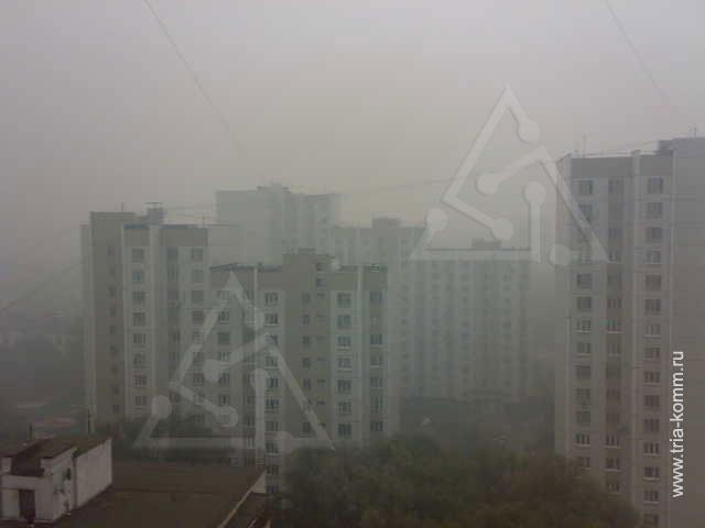 Это не летнее туманное утро. Дым над Москвой, фото сделано днем 8 августа 2010 года