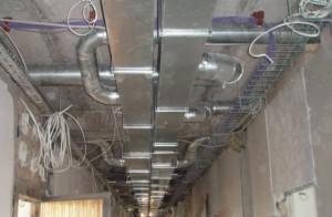 Вентиляция в помещении завода
