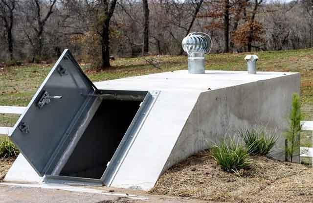 Вытяжной дефлектор на погребе