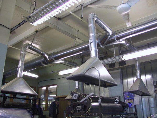 Принудительная промышленная вентиляция и кондиционирование с зонтами местной вытяжки