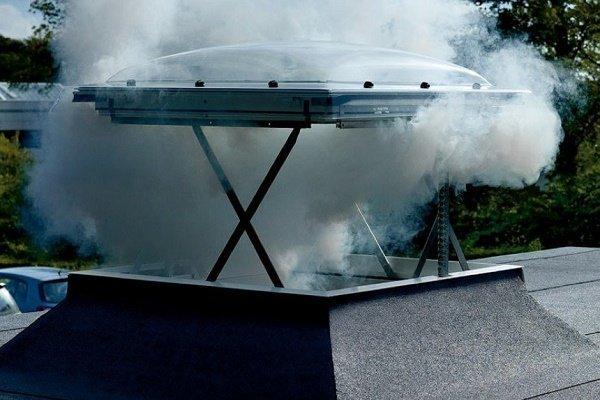 Устройство отвода дыма из помещения