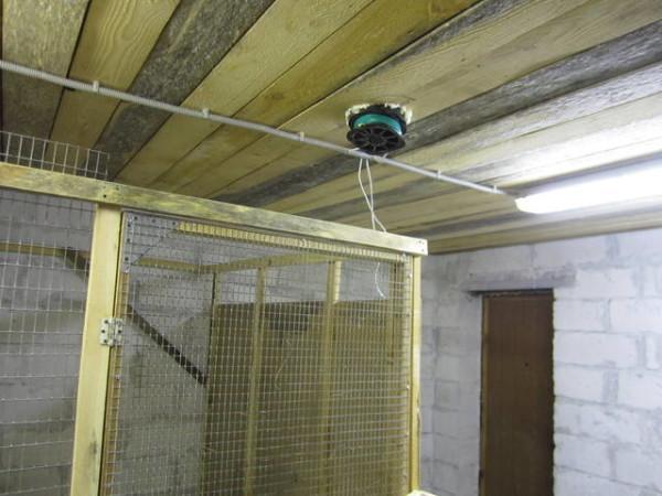Вентиляционная шахта в потолке