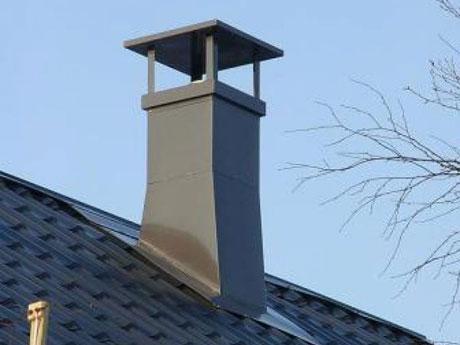 Вентиляционная труба загородного дома