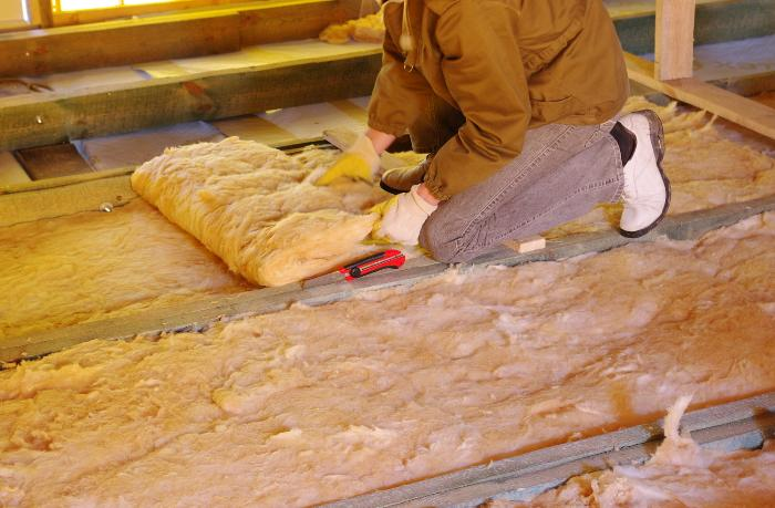 Утепление подпола в деревянном доме базальтовой ватой