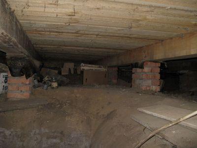 Фото подпола в деревянном доме