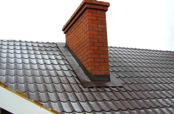 Кирпичный вентиляционный короб, который является частью конструкции стен