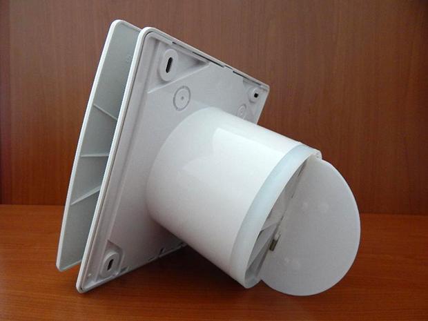 Вентилятор со встроенным клапаном