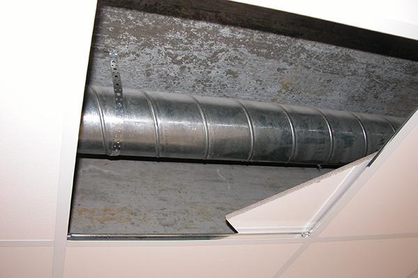 Пусконаладка вентиляции: вскрываем воздуховоды.