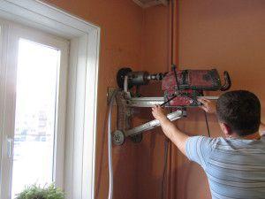 установка стенового приточного клапана